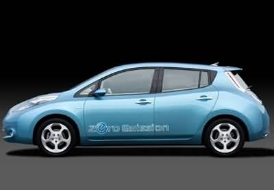 /data/news/15684/11-nissan-leaf-s-st.jpg